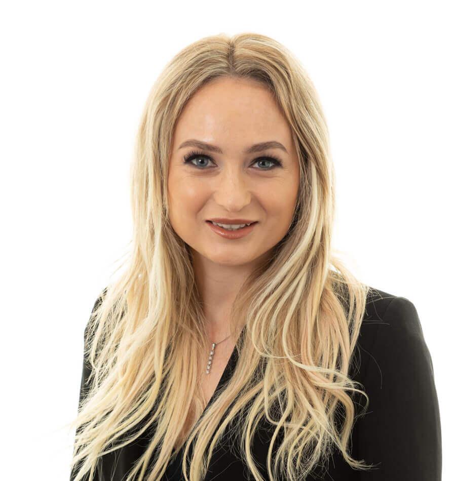 Darja Cernobrivec solicitor
