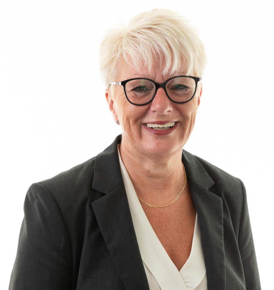 Rachel Eyre Associate